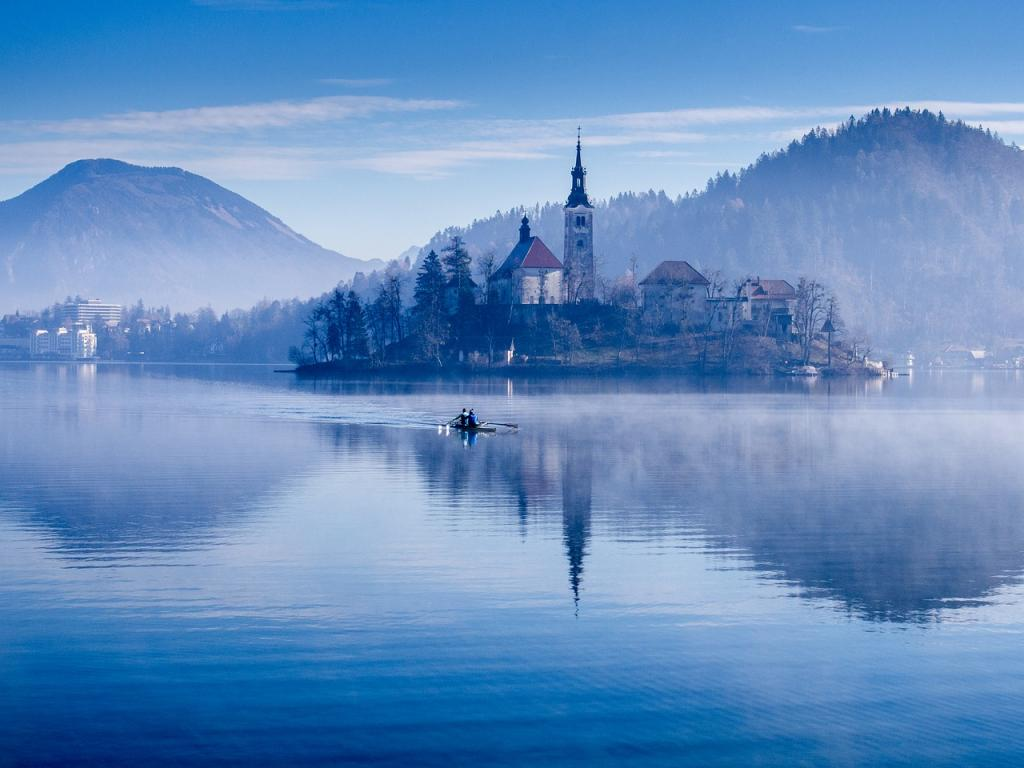euorpean kayaking lake bled
